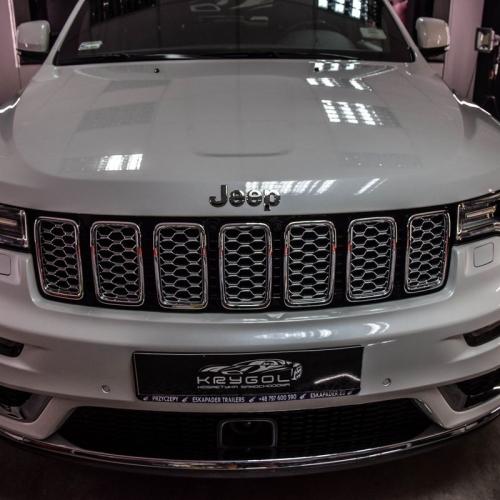 Jeep Grand Cherokee biały 2